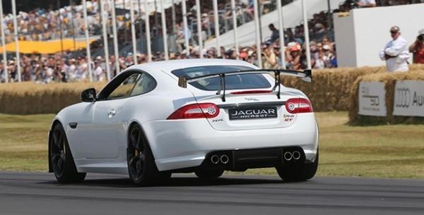 Jaguar-XKR-S-GT-03