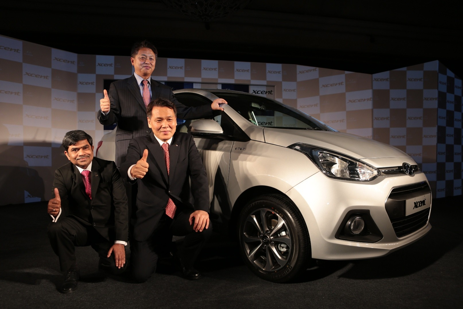 Hyundai Xcent compact sedan launched