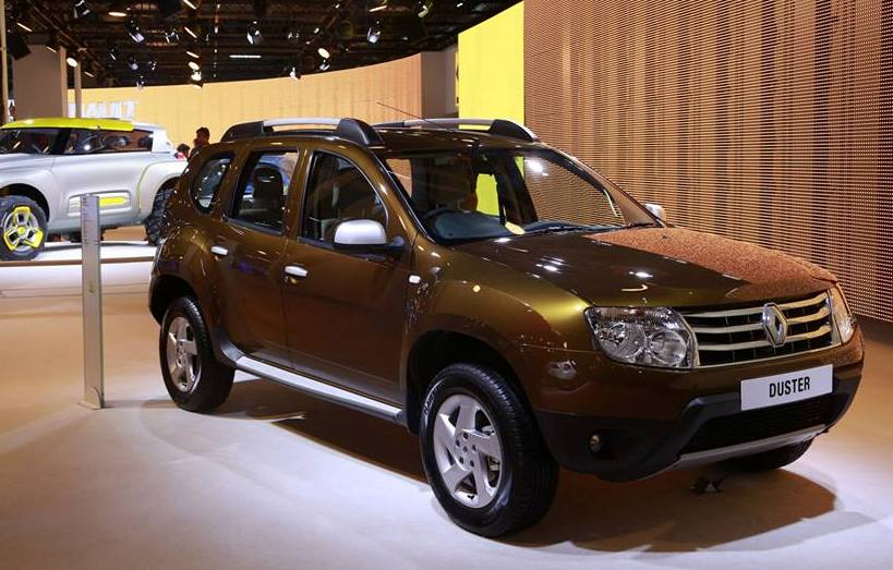 renault duster 85ps variant gets new dash colour indiacarnews. Black Bedroom Furniture Sets. Home Design Ideas