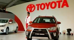 Toyota Etios Cross front
