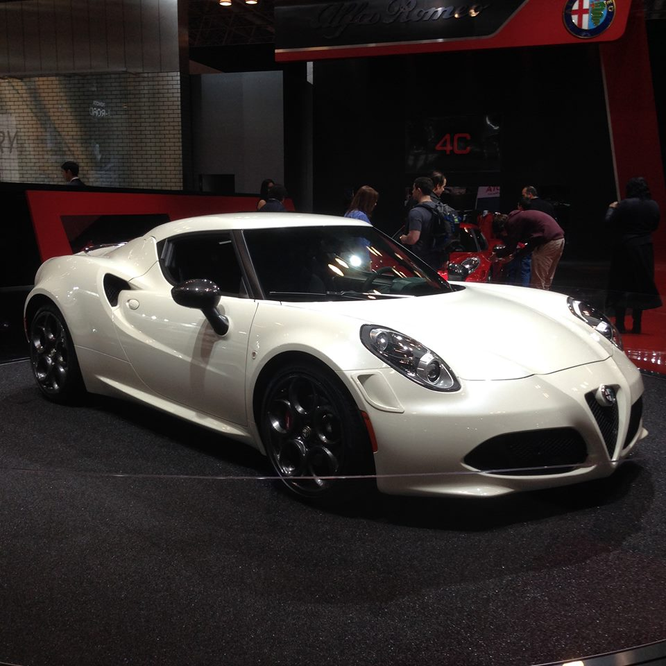 All-new 2015 Alfa Romeo 4C unveiled