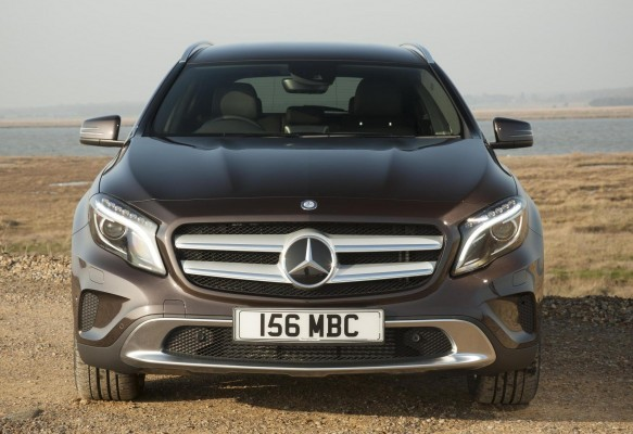 Mercedes-Benz GLA Crossover 1