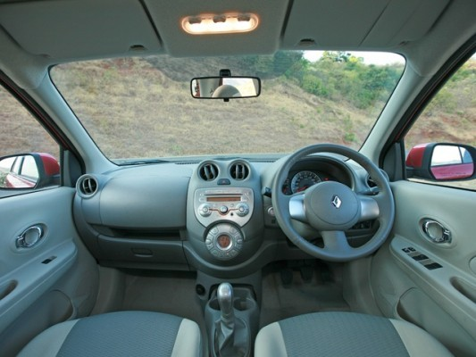 Old Renault Pulse interior