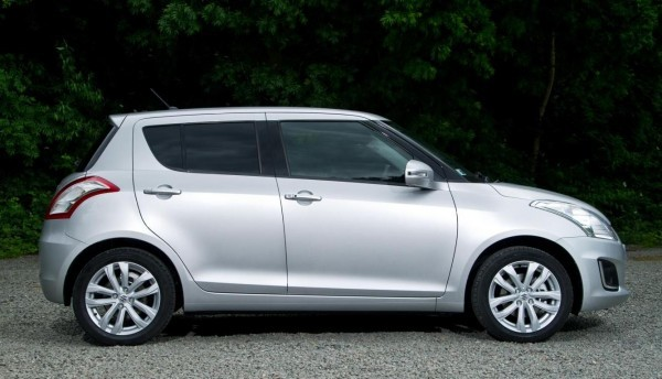 2014 Maruti Swift facelift side profile and alloy wheels