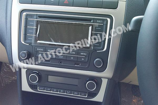 2014 Volkswagen Polo facelift infotainment