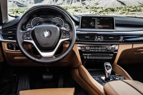 2015 BMW X6 interior