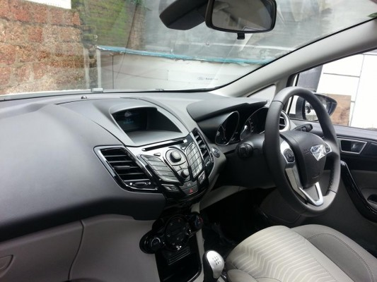 Ford Fiesta facelift interior