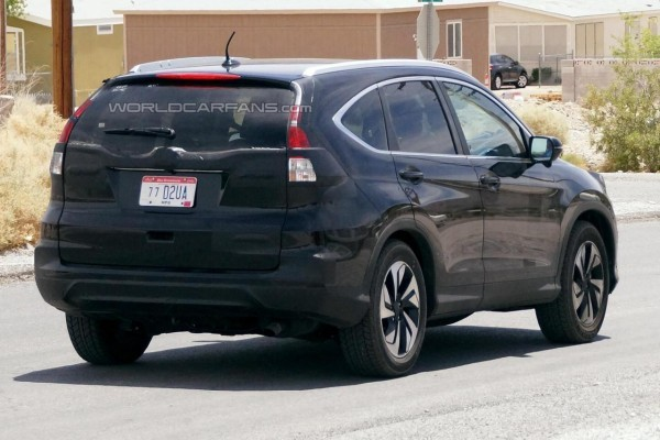 Honda CR-V facelift rear profile