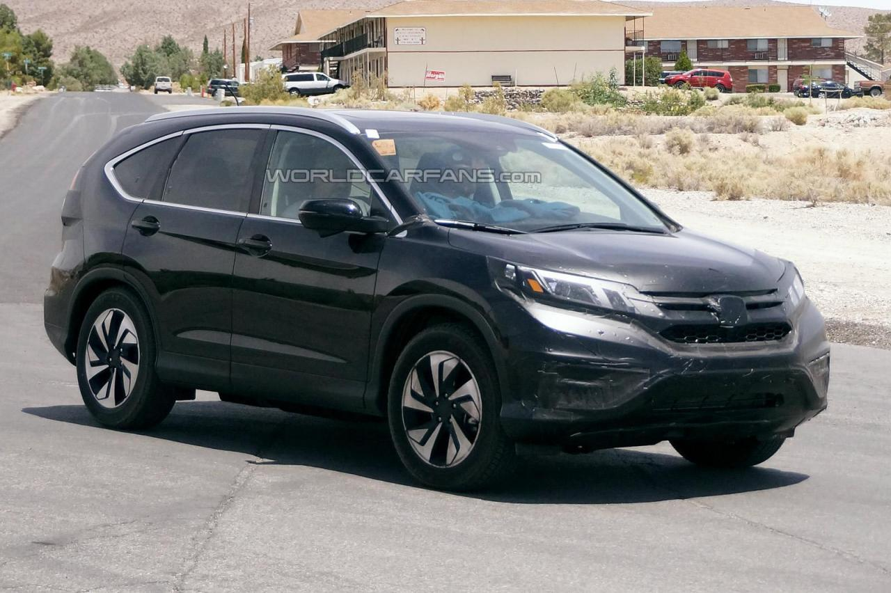 2016 honda cr v suv facelift spied again india car news. Black Bedroom Furniture Sets. Home Design Ideas