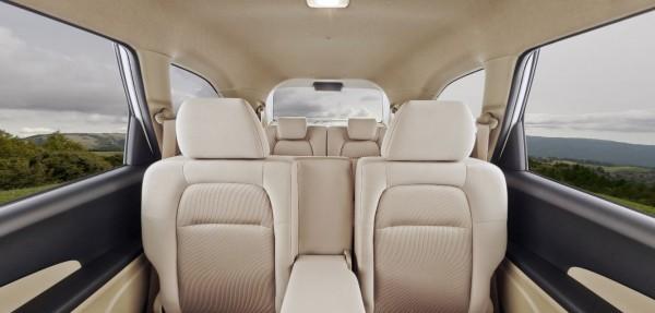 Honda Mobilio second row and third row seats