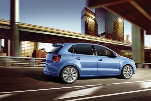 VW Polo facelift roof spoilerVW Polo facelift roof spoiler