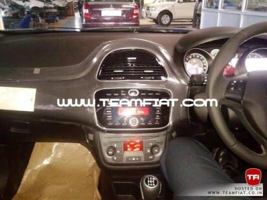 2014 Fiat Punto facelift interiors