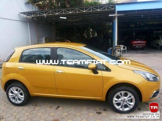 2014 Fiat Punto facelift side profile