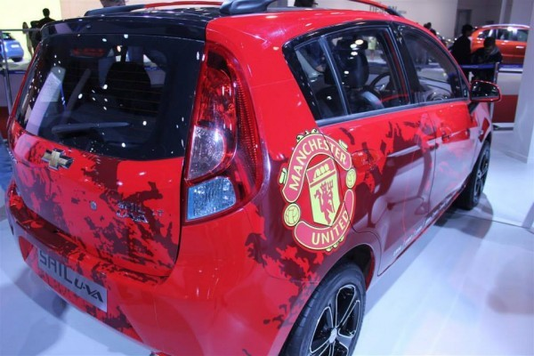 Chevrolet Beat Machester United Edition side