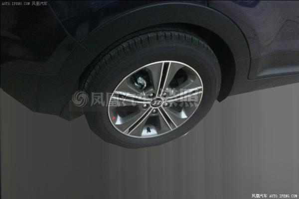 Hyundai ix25 new wheel hubs