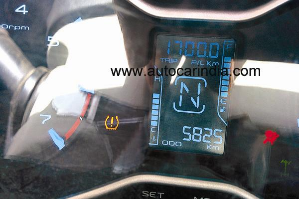 Mahindra Scorpio facelift Instrument panel