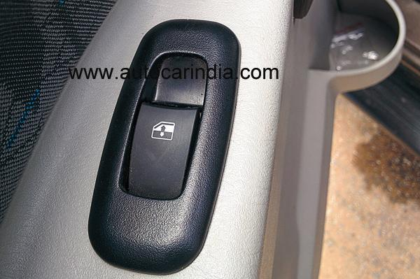 Mahindra Scorpio facelift power windows switcges