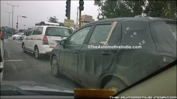 Maruti S-Cross SX4 spied