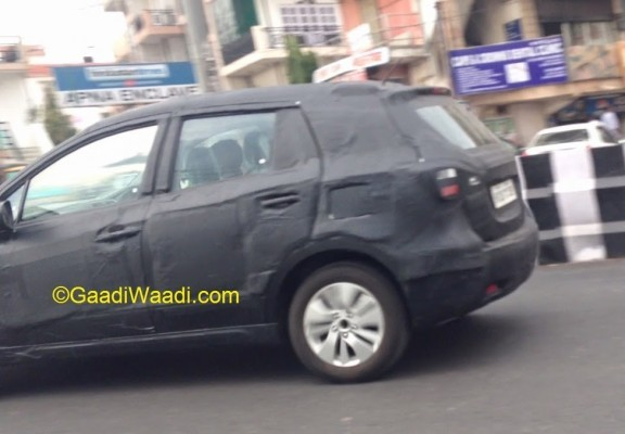Maruti Suzuki S-Cross SX4 side