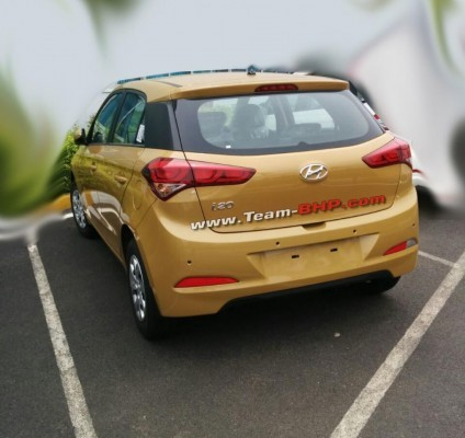 New 2015 Hyundai i20 rear profile