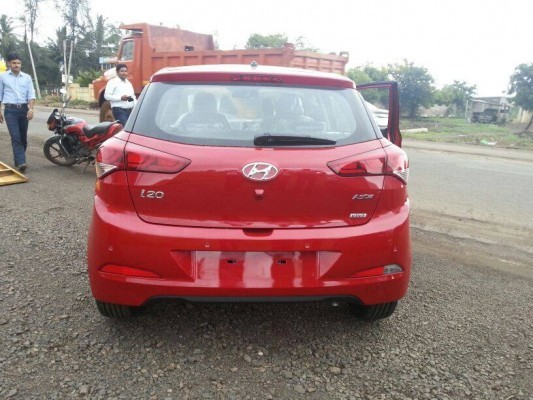 New Hyundai i20 rear profile
