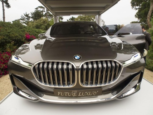 BMW Vision Future Luxury Concept front