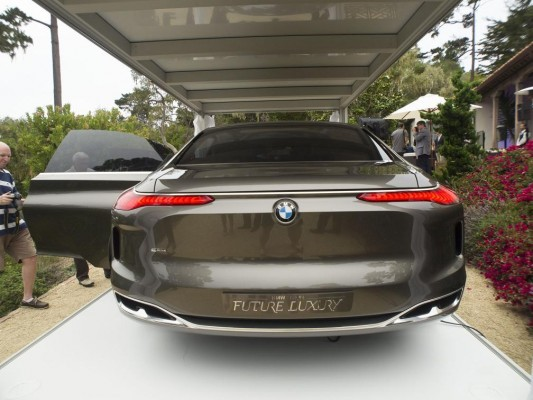 BMW Vision Future Luxury Concept rear
