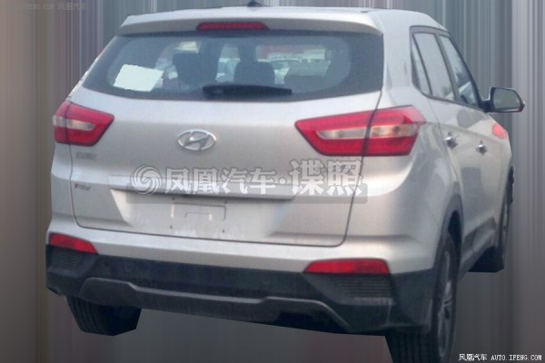 Hyundai ix25 Sport rear profile