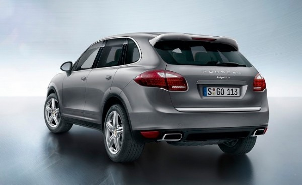 Porsche Cayenne Platinum Edition rear profile