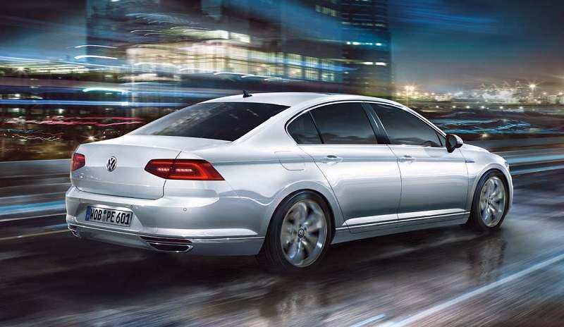 New Volkswagen Passat 2017 Price In India Specifications