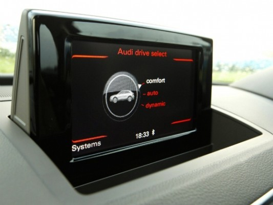 Audi Q3 Dynamic Edition with drive select