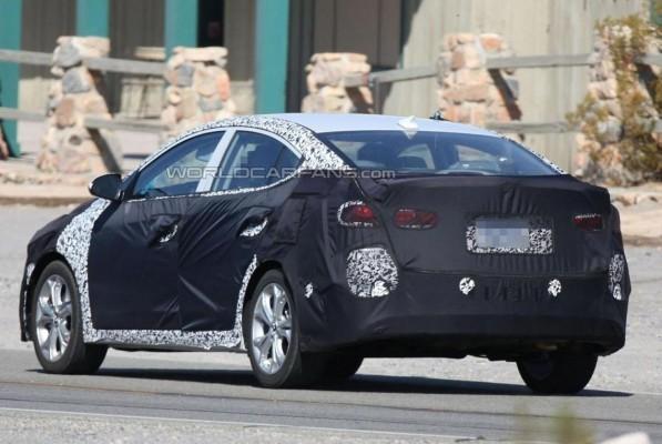 Hyundai Elantra facelift rear