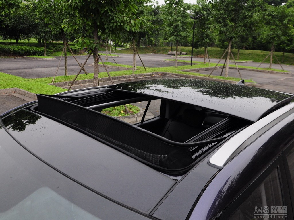 Hyundai ix25 compact SUV sunroof - India Car News