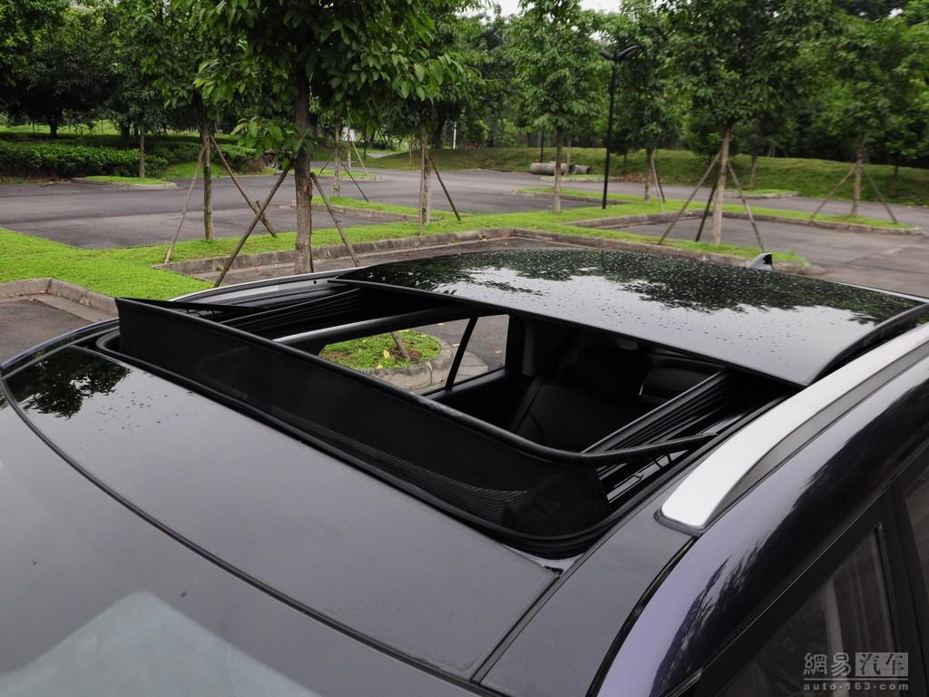 hyundai ix25 compact suv sunroof india car news. Black Bedroom Furniture Sets. Home Design Ideas