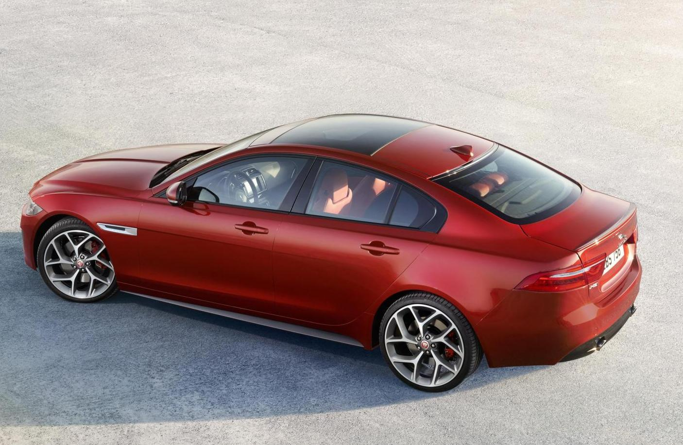 new jaguar xe photos features engine specifications. Black Bedroom Furniture Sets. Home Design Ideas