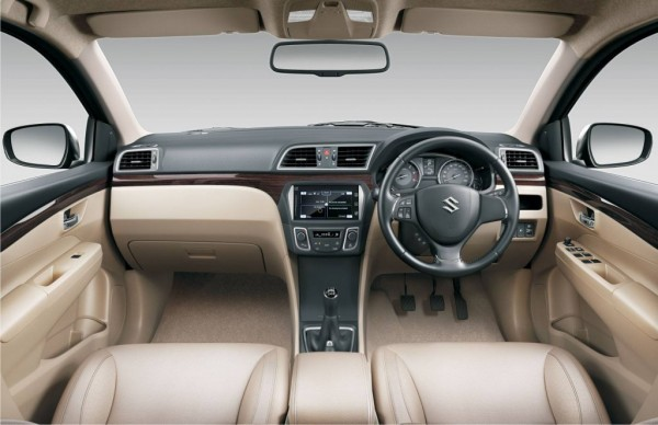 Maruti Suzuki Ciaz dashboard and steering wheel