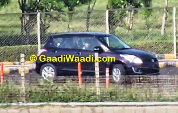 Maruti Swift facelift black shade