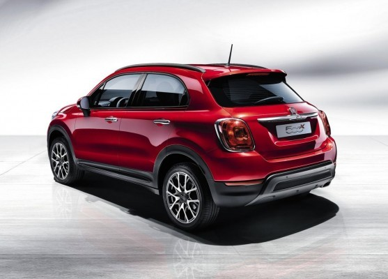 Fiat 500X Compact crossover in Paris rear end