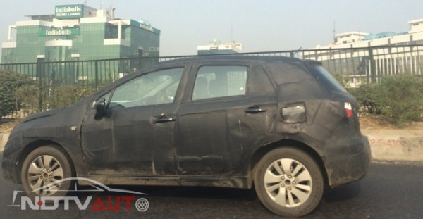 Maruti Suzuki SX4 S-Cross spied again