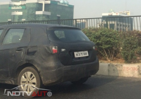 Maruti Suzuki SX4 S-Cross spied rear end
