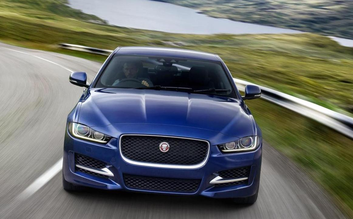 New Jaguar XE Sedan front face