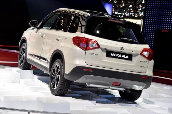 Suzuki Vitara compact SUV in Paris rear end