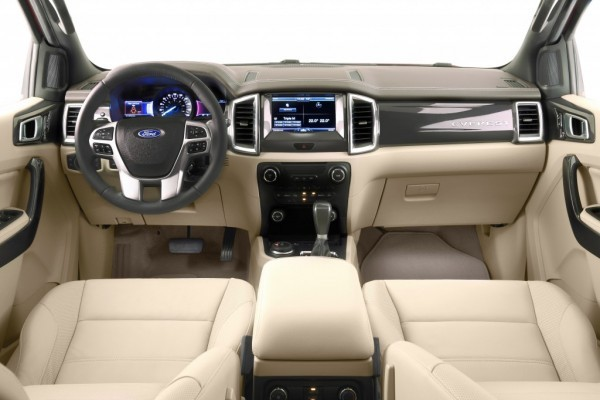 New 2015 Ford Endeavour interiors