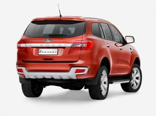 New 2015 Ford Endeavour rear end