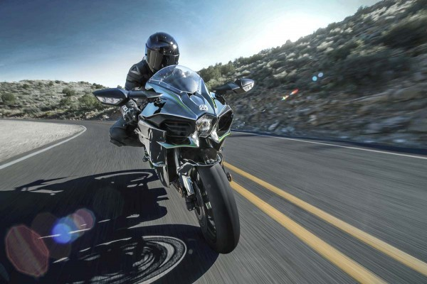 2015 Kawasaki Ninja H2 coming to India in 2015