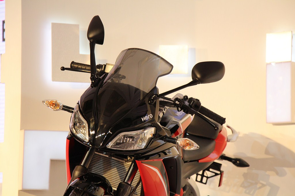 Hero HX250R front profile