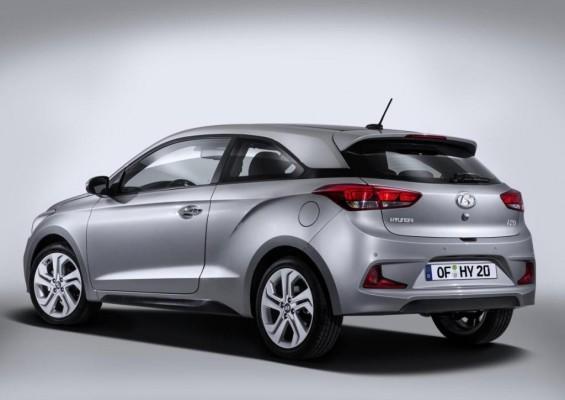 Hyundai i20 Coupe rear