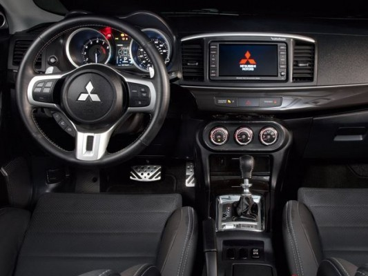 Mitsubishi Lancer Evolution X Final Concept interiors