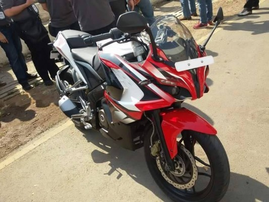 Bajaj Pulsar 200 SS presented at an event