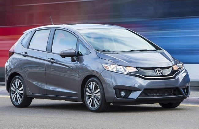 new honda jazz 2015 review what critics say. Black Bedroom Furniture Sets. Home Design Ideas